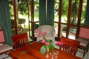 Dining one-bedroom apartment - Daintree Deep Forest Lodge