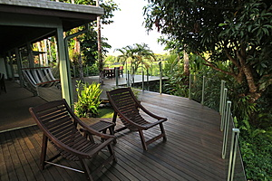 Deck area - Daintree Village Bed and Breakfast